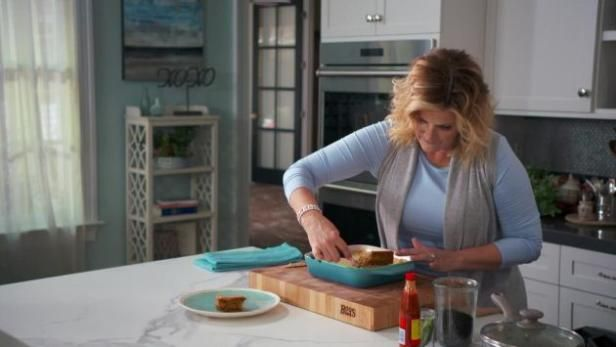 Watch Trisha S Southern Kitchen Full Episodes From Food Network Trisha S Southern Kitchen Southern Kitchens Kitchen