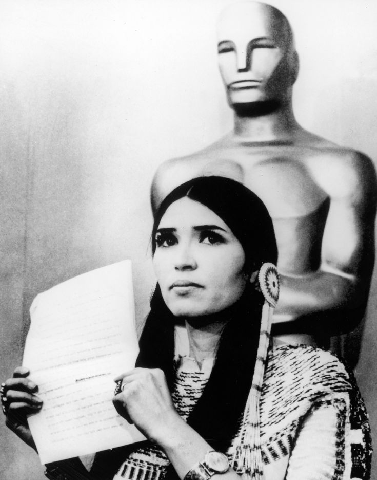 When Marlon Brando asked a Native American activist Sacheen Littlefeather to refuse his Oscar