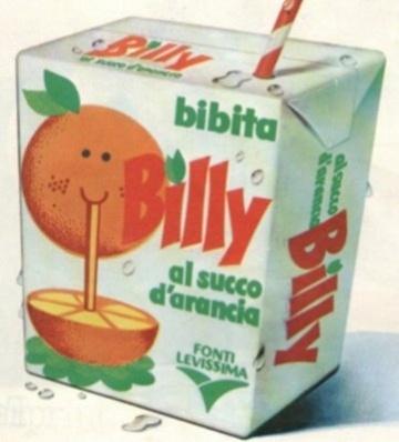 Il succo Billy è stato uno dei capisaldi delle merende di noi ragazzi cresciuti intorno agli anni 80. Non esisteva pomeriggio che non si bevesse almeno una scatoletta di succo Billy. Ormai sembra che questo succo di frutta non sia più in commercio, ma scommetto che ogni ragazzo ricorderà sicuramente il primo brick con la cannuccia della storia!
