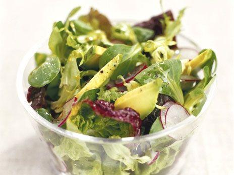 Många sorters sallad med avokado | Recept.nu