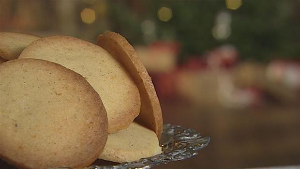 Specier er en dejlig, sprød småkage, der passer til en god kop kaffe. Er en småkage, der bliver forbundet med julen.