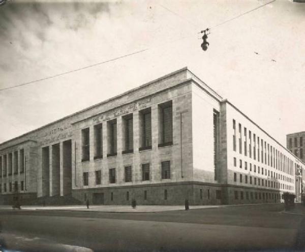 Milano - Palazzo di Giustizia - Marcello Piacentini, Ernesto Rapisardi 1932 / 1940