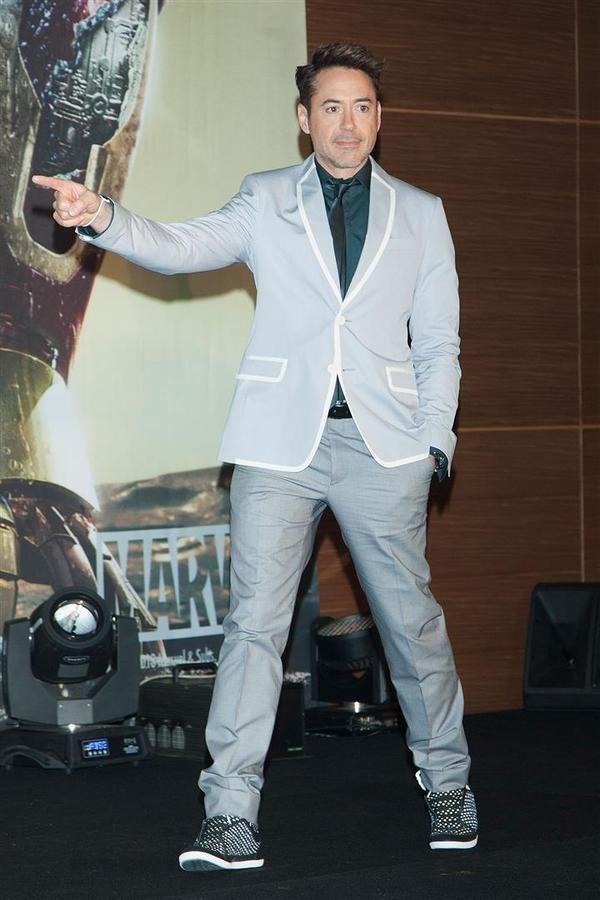 Robert Downey Jr. - Iron Man 3 Press Conference - South Korea - Wireimage - hi res (Large)-anteprima-600x900-896674.jpg (600×900)