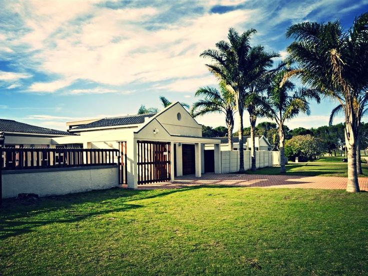 """Framesby Guesthouse - Enjoy your stay in one of the safest and quiet suburbs in Port Elizabeth.Make use of self-catering in our spacious, fully equipped kitchen or use the indoor or outdoor braai""""s in the 2 lapa's at our ... #weekendgetaways #portelizabeth #sunshinecoast #southafrica"""