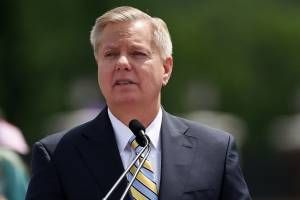 "Lindsey Graham attacks ""untrustworthy"" Hillary Clinton with references to Monica Lewinsky"