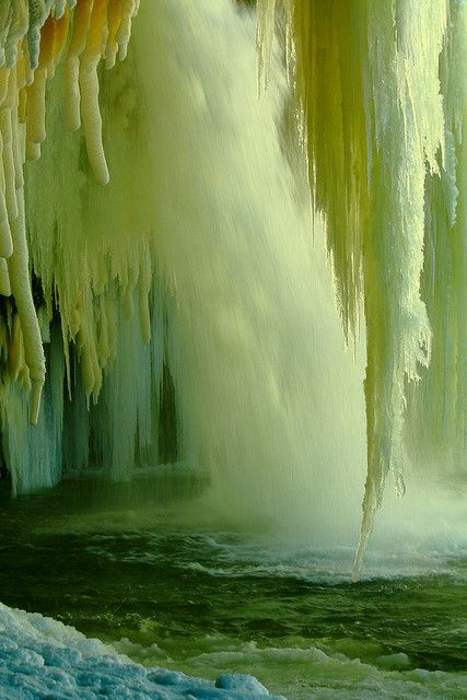 wowAmazing, Ice Caves, Nature Photography Waterfal, Frozen Waterfall, Mothers Earth, Beautiful, Green Man, Places, Ice Waterfal