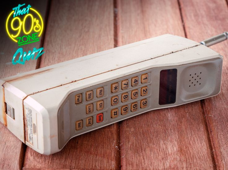 """This is your last week to win R5,000 in cash! Do you remember these brick phones from the 90's? Take a trip down memory lane with """"That 90's Zone Quiz"""" and stand a chance to win #YourDriveSince95"""