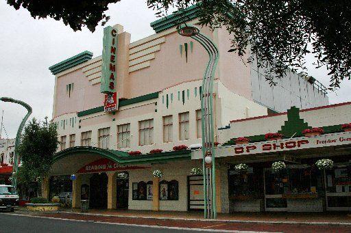 Reading Cinema, Hastings