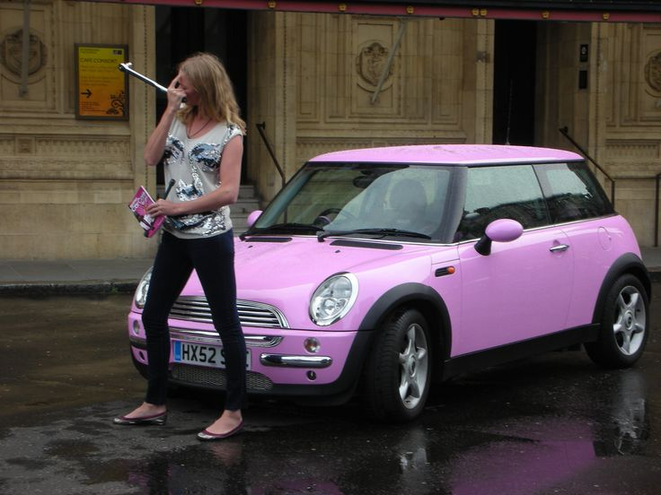 bubble gum mini cooper...i am such a girl, love the bubble gum