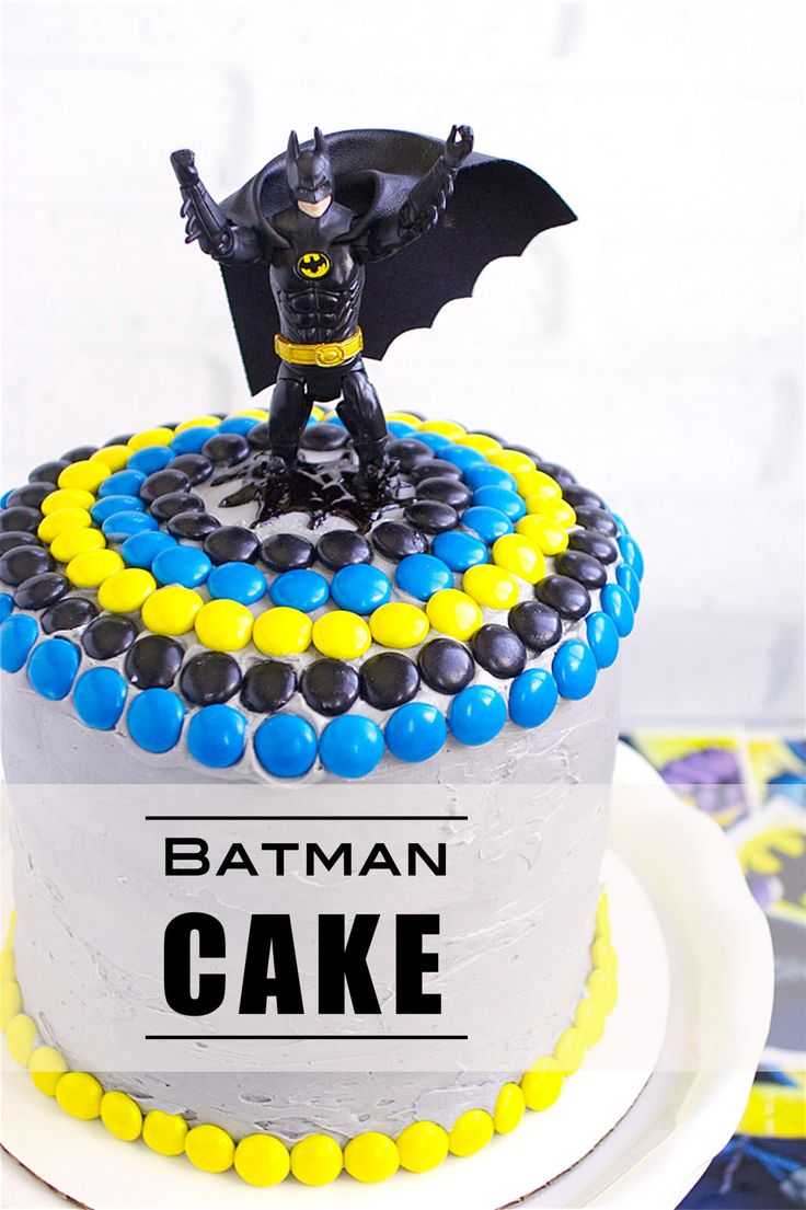 Batman Cake | Deliciously Declassified