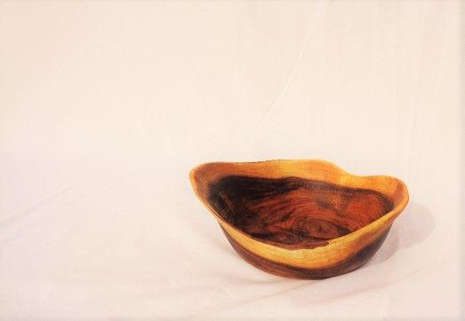 Taça em madeira de Acácia