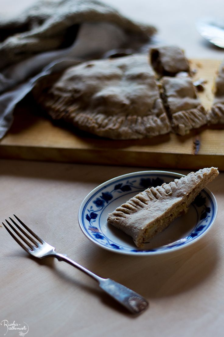 Ruoka-alkemisti: Tofu-kaalipiirakka
