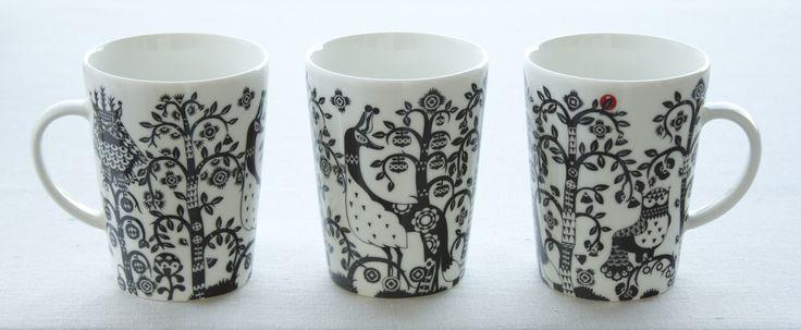Mugs 0.4 l. Series: Taika black.  Kubki 0.4 l. Kolekcja: Taika czarna.