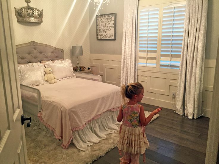 Christina and Tarek El Moussa from Flip or Flop's Taylor's Room