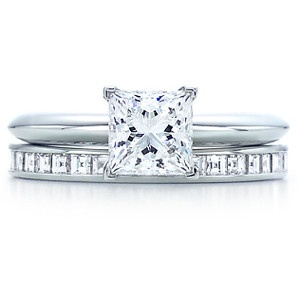 This is the exact combo I want just a slightly bigger diamond and a thinner band. Simple but stunning