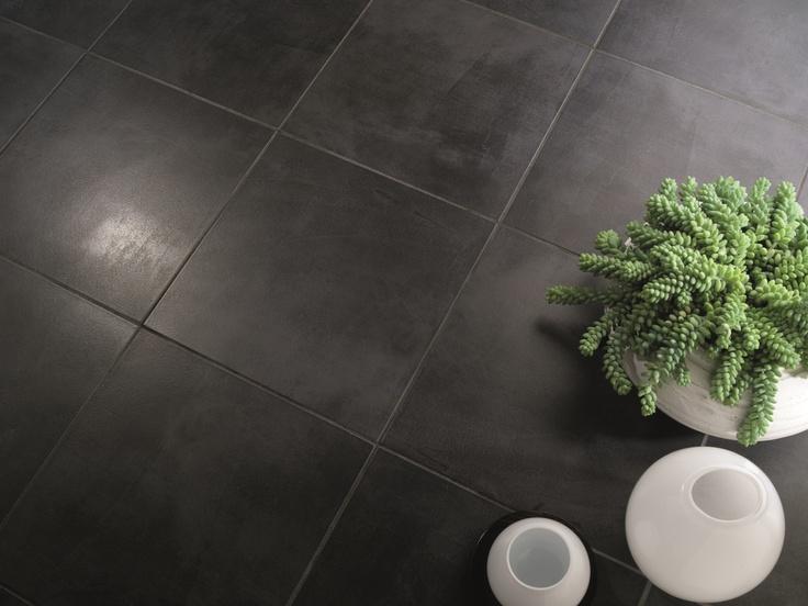 Detta klinker är för dig som vill ha stilrent golv, utan massa dekorer eller varierande ytor.