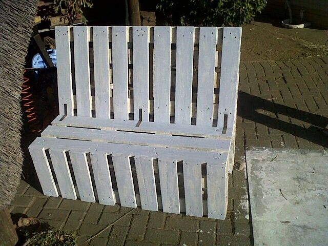 Pallet garden bench #handmade #chk #whitewash #wood #bench #ownbusiness #blue