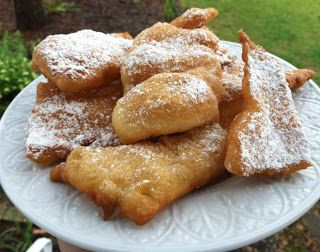 """Homemade """"Cafe Du Monde"""" inspired Beignets using canned crescent rolls....I'm in BIG trouble if they're as good as they look Ü"""