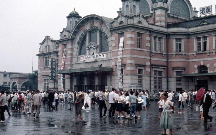 Seoul Station 서울역 1968-08-06 – 68D08-0704 |  by Pal Meir, Flickr