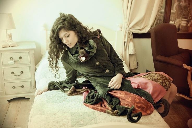 Luna Jacket  https://marketplace.asos.com/listing/coats/grey-velvet-versatile-coat---can-be-customized/701122