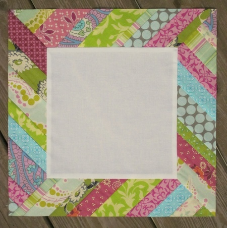 I love this block! Lots of room to try my new free motion quilting skills.: Blocks Tutorials, Quilts Blocks, Quilt Blocks, Twin Fiber, Frames Blocks, Pictures Frames, Sun Rays, Ray Quilts, Quilts Tutorials