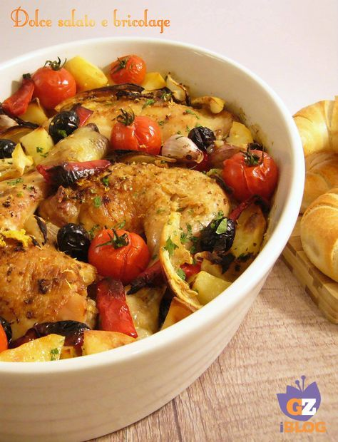 Cosce di pollo alla greca, secondo piatto cosce di pollo alla greca Questa ricetta è la perfetta combinazione di ingredienti di ispirazione greca che re .