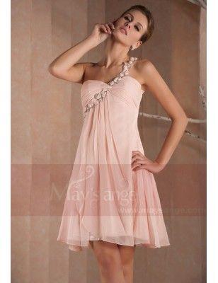 Petite robe florale rosée