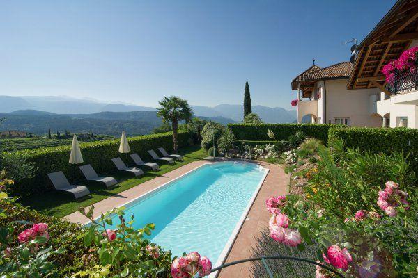 Gutshof Sinn - Appartements mit Schwimmbad in Kaltern am See, im Süden Südtirols