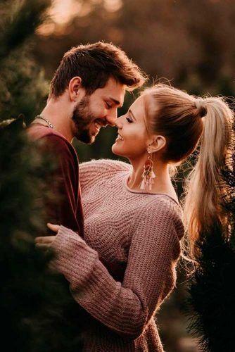 27 Verlobungsfotos im Herbst, die einfach am süßesten sind