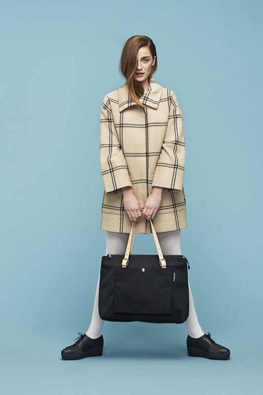 Marimekko Vallaton coat and Alma tote bag