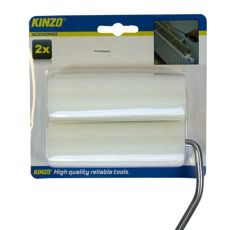 Verfroller 2 stuks  Description: Deze verfrollers zijn geschikt voor de meeste verfbeugels. De verfrollers worden standaard geleverd met een lange verfbeugel. Erg handig voor het schilderen van moeilijk te bereiken oppervlaktes zoals achter radiatoren. De verfrollers zijn per 2 verpakt in een blisterverpakking. Altijd handig om op voorraad te hebben! Afmetingen verfbeugel: 12cm x 485cm x 35cm Afmetingen verfroller: 35cm x 10cm x 35cm  Price: 5.99  Meer informatie