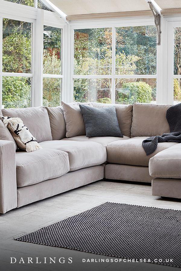 10 Stunning U Shaped Living Room Layout