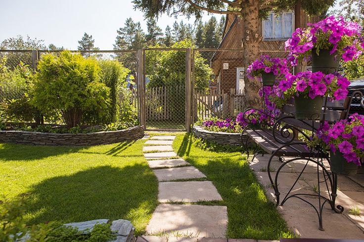 Сад без запаха — как ухоженная женщина без парфюма: легко забыть. Когда у сада есть шлейф, ты его можешь вспоминать очень долго.