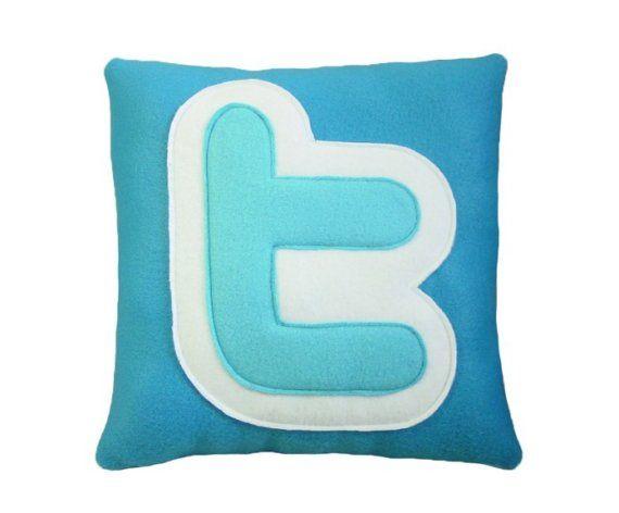 Twitter Pillow!!Geek, Twitter Logo, Offices Inspiration, Twitter Pillows, Business Sen, Social Media Icons, Socialmedia, Offices Chairs, Pillows Design