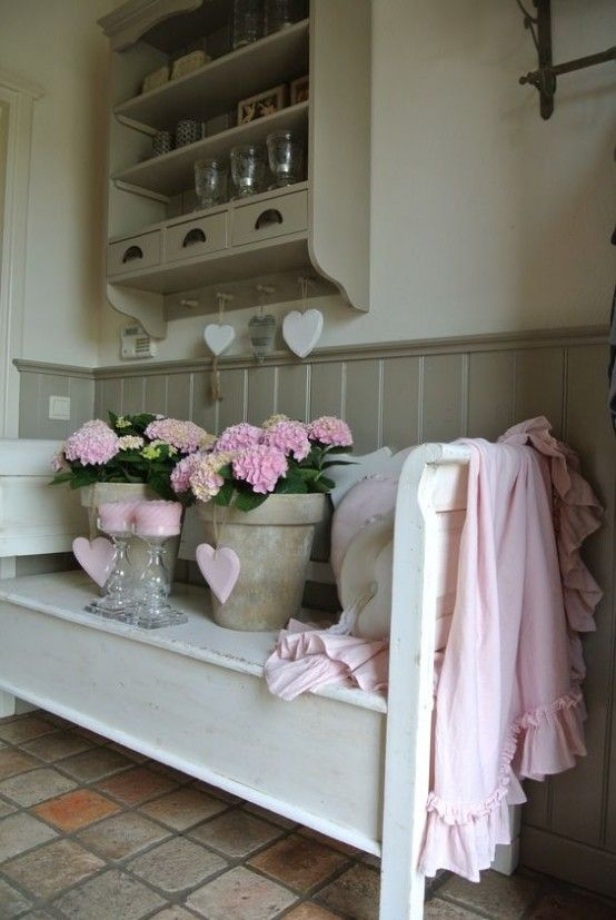 cute and sweet shabby chic hallway d cor ideas vintage beauty pinterest. Black Bedroom Furniture Sets. Home Design Ideas