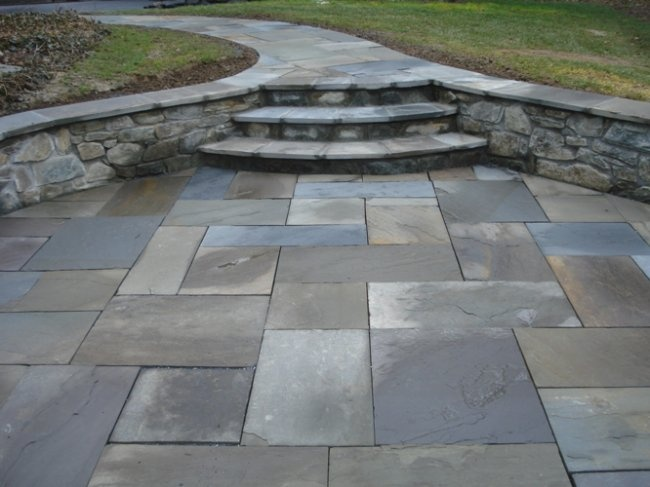 Flag Stone Patio. Like The Walls For Seating  Www.mattslandscapingandstone.com