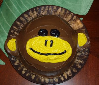 DIY monkey smash cake for my son's 1st birthday...super easy to make with a stainless steel bowl that you can put in the oven