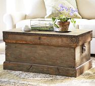 Pottery Barn Trunk: Potterybarn, Old Trunks, Idea, Living Rooms, Hope Chest, Trunks Coffee Tables, Coff Tables, Wooden Trunks, Pottery Barns