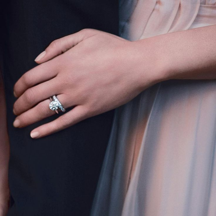 This picture is my dream engagement and wedding ring :) | Tiffany & Co.