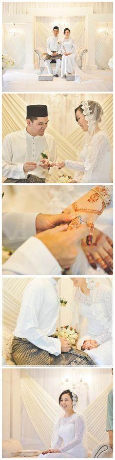Elegant malay wedding of Arif and Aili // http://blog.onethreeonefour.com/elegant-white-malay-wedding/ // #malaywedding