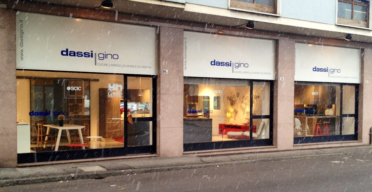 Show room   56/A via buonarroti   lissone  umberto@dassigino.it