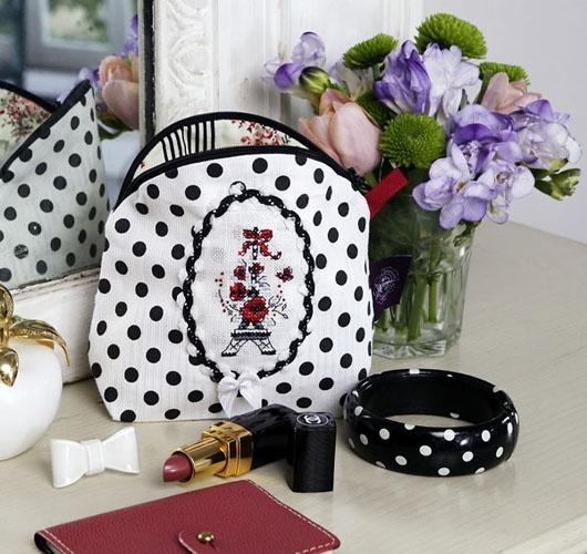 les brodeuses parisiennes site de cr ateurs de point de. Black Bedroom Furniture Sets. Home Design Ideas