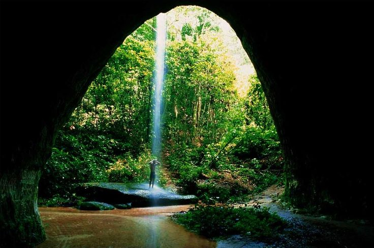 O El Dorado é aqui: Caverna Refúgio do Maroaga e Gruta da Judéia, Presidente Figueiredo