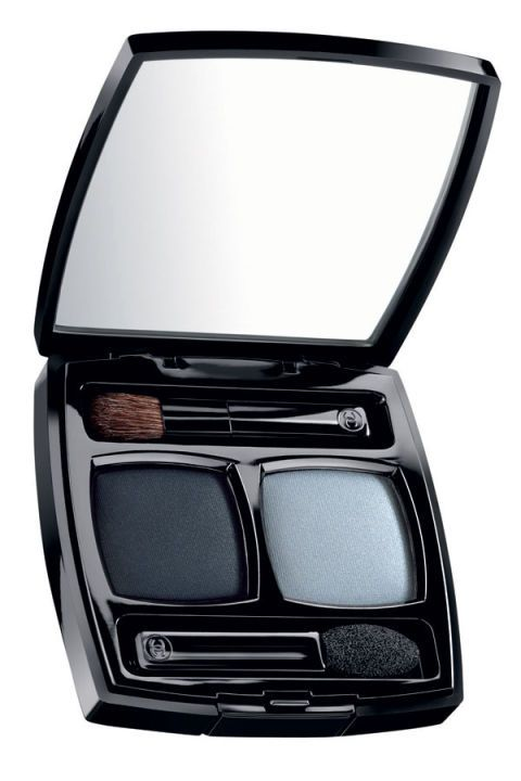 """""""The best way to seal your liner is to apply an eye-shadow powder on top. This adds hours to your makeup and gives it a bit more pop. I use this technique all the time—especially for the red carpet. It's also a particularly good way to experiment with color. For instance, top your typical black or brown liner with a shimmering green or navy eye-shadow to finish the look, without going too over the top."""""""