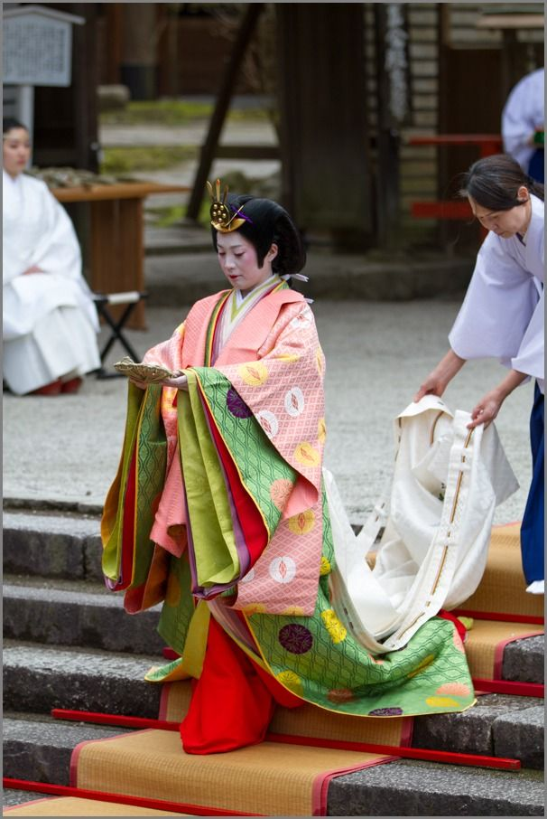 Peach festival! - Kyoto sink dolls ~: THE PHOTO DIARY By CANON! a woman dressed in junihitoe