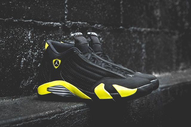 buy online b01de ab3bb AIR JORDAN 14 (THUNDER)   Sneaker Freaker · TruenoZapatillasModa De  CaballeroHombres