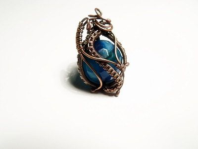 Check out this item in my Etsy shop https://www.etsy.com/listing/225671074/copper-pendant-with-blue-agate