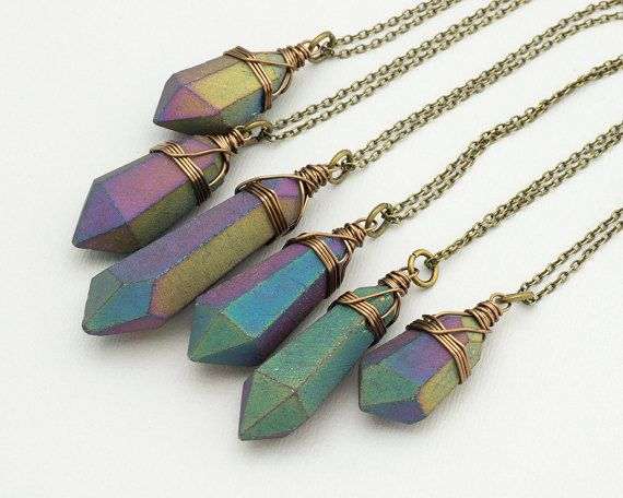 Donkere Rainbow Aura kwarts ketting Bronze mat ruwe kristallen punt ruw Titanium kwarts kristallen hanger Boho Gemstone laag ketting genezing