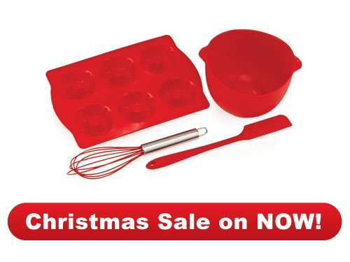 #Bakeware  2 x Junior Baking Set  Just for all the Junior #masterchefs in your family great little #stocking filler.$40.00    2 for $40.00 www.dorothywilliams.thechefstoolbox.net