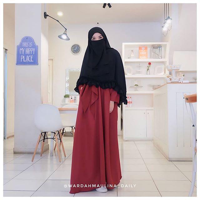 Pin Di Niqabi